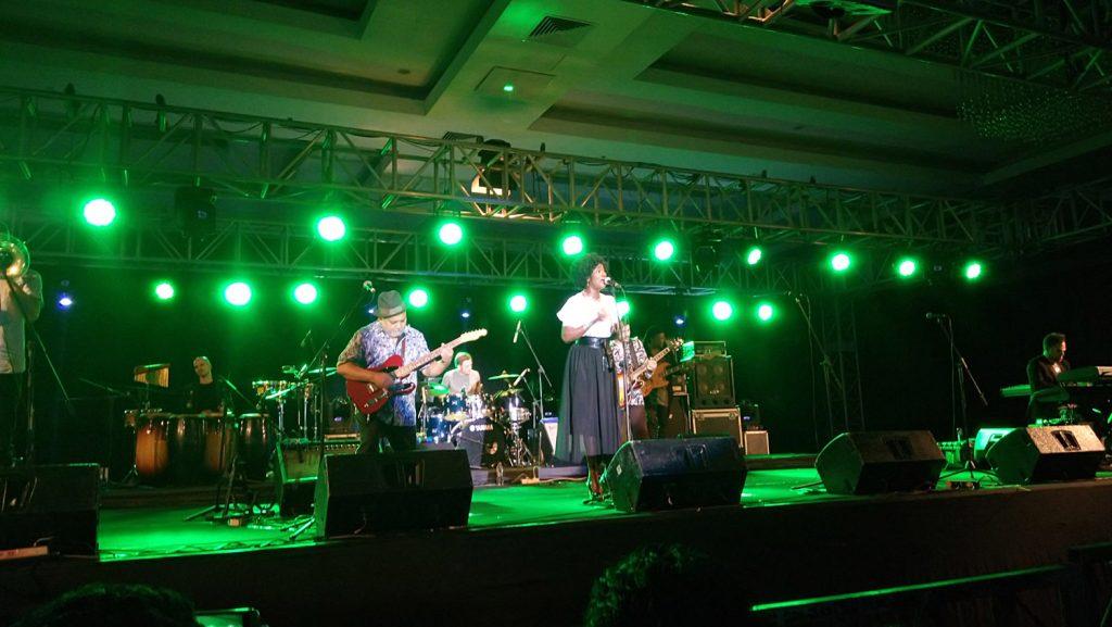 Band Incognito Beraksi/batambanget